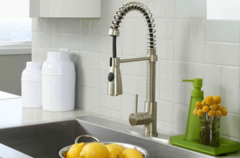How To Deal With The Leaky Kitchen Faucets